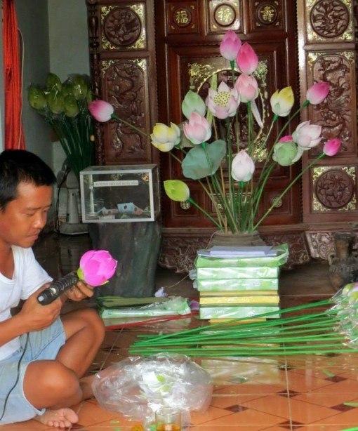 Paper flower making, Vietnam
