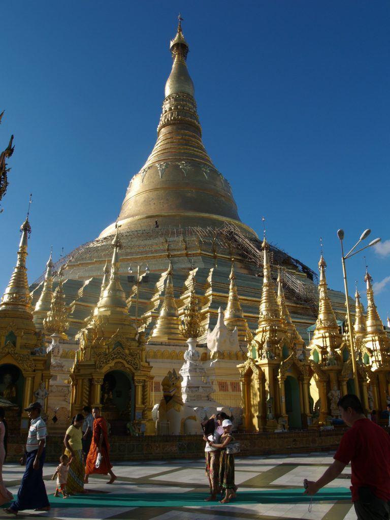 Shwedagon Pagoda, Yangon InisideBurma Tours