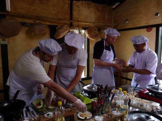 A cookery lesson in Pindaya