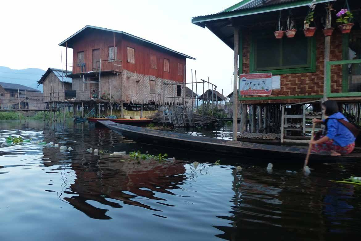 Stilt houses on Inle Lake (Photo: Lesley & Alistair Greenhill)