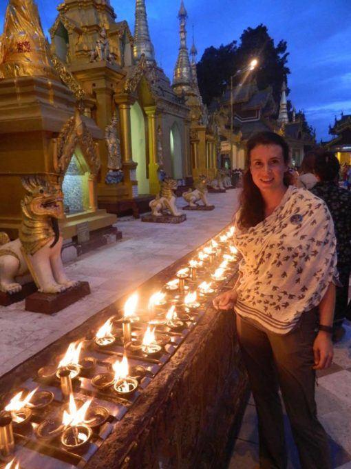 Vicky at Shwedagon Pagoda