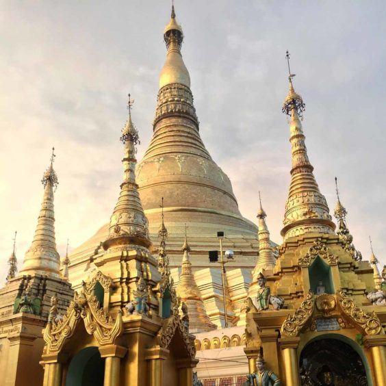 Shwedagon before dusk