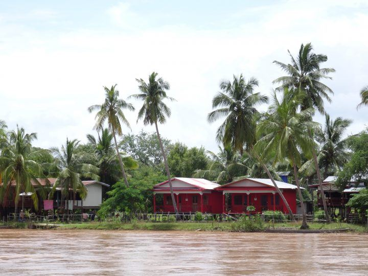 villages on the 4000 islands