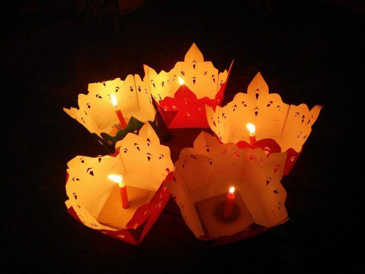 Lai Heua Fai (Fire Boat Festival - events in Laos